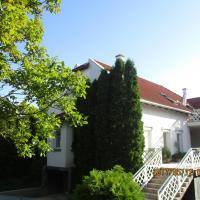 Apartments, Boglárka Apartmanház