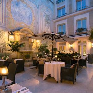 Castille Paris – Starhotels Collezione, Paris