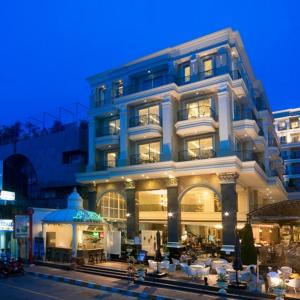 LK The Empress, Pattaya Central