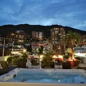 Aqua Granada Hotel, Cali