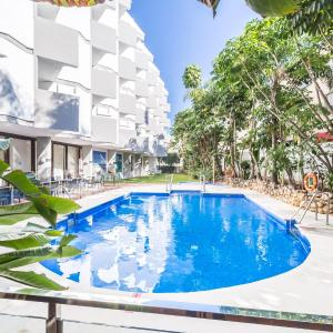 Roc Lago Rojo Adults Recommended, Torremolinos