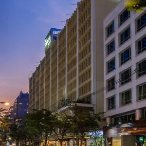 The Tawana Bangkok, Bangkok