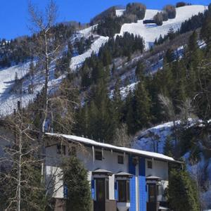 St Moritz Lodge and Condominiums, Aspen