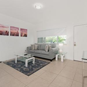 Indian Creek Beach Apartment in Miami Beach