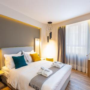 St. Bjur Suites, Athens