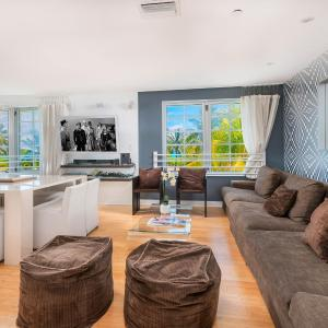 2 Bedroom Condo on Ocean Drive South Beach - The Carlyle in Miami Beach