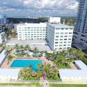 Oceanfront Studio Casablanca Miami Beach in Miami Beach