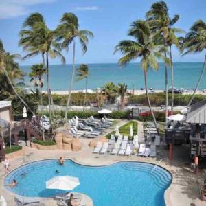 Alexander suites ocean view in Miami Beach