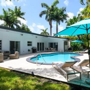 Casa Florida 5 Bedrooms w POOL Close Miami Beach in Miami Beach