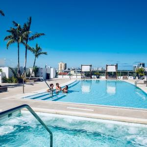 Luxurious Apartments At The Ivory in Miami Beach