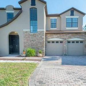 Luxury Room in a house with all modern amenities in Orlando