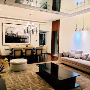Paramount Villa in Dubai