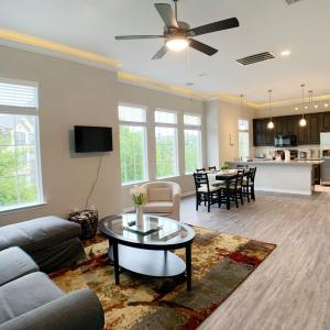 Cozy 4 Bedrooms House in KINGWOOD, Houston
