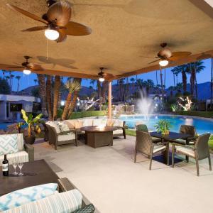 Desert Isle Resort, a VRI resort, Palm Springs