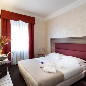 Hotel Gamma, Milan
