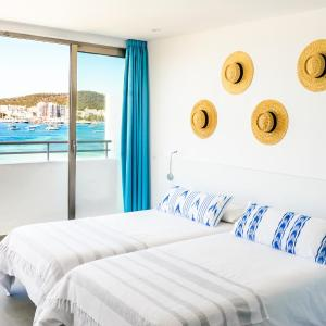 Hotel Apartamentos Marina Playa - Adults Only, San Antonio Bay