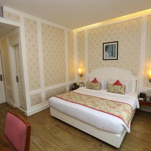 Hotel Bright, New Delhi