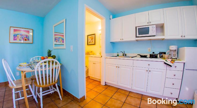 Leucadia Beach Inn | San Diego, USA - Lonely Planet