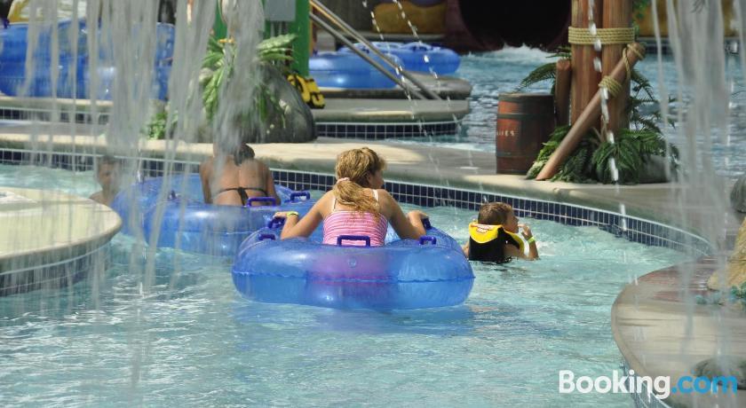 Big Splash Adventure Hotel and Indoor Water Park | Southern