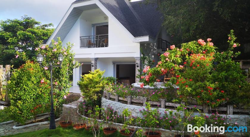 Garden Bungalows Resort | Siquijor, Philippines - Lonely Planet