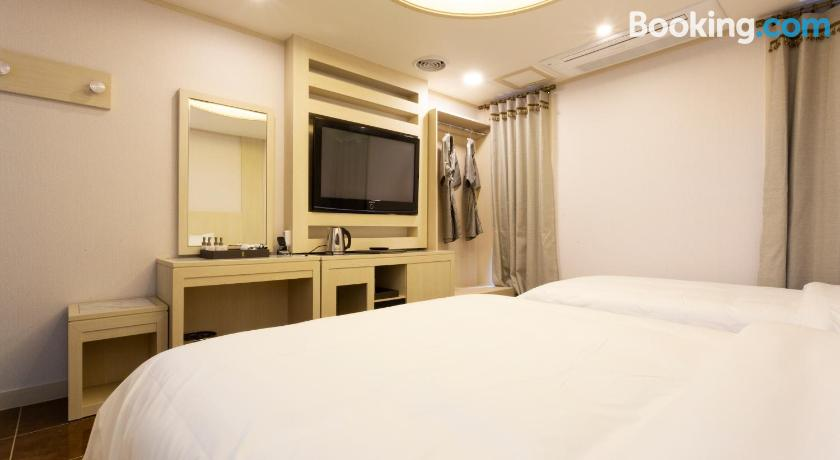 Hotel Tirol | Seoul, South Korea - Lonely Planet