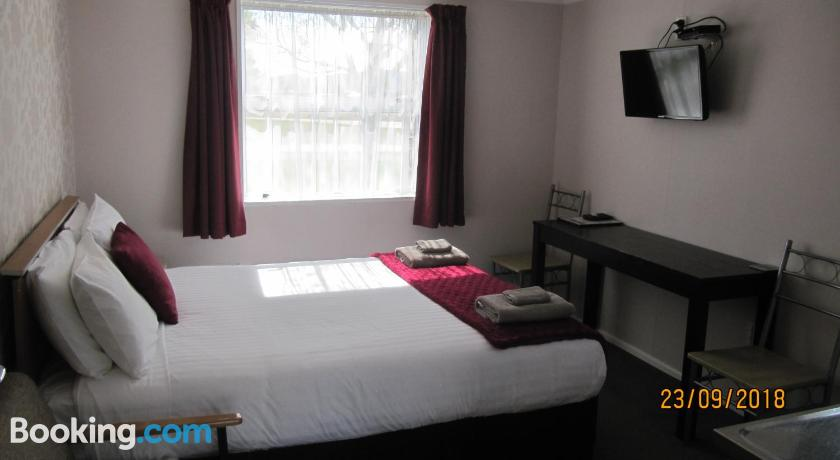 Ahuriri Motels | Omarama, New Zealand - Lonely Planet