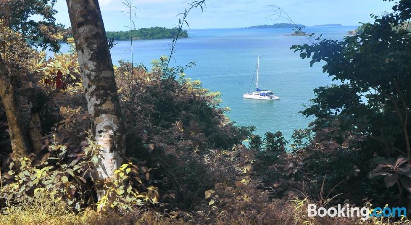 Howlers Bay Hotel | Golfo de Chiriquí, Panama - Lonely Planet