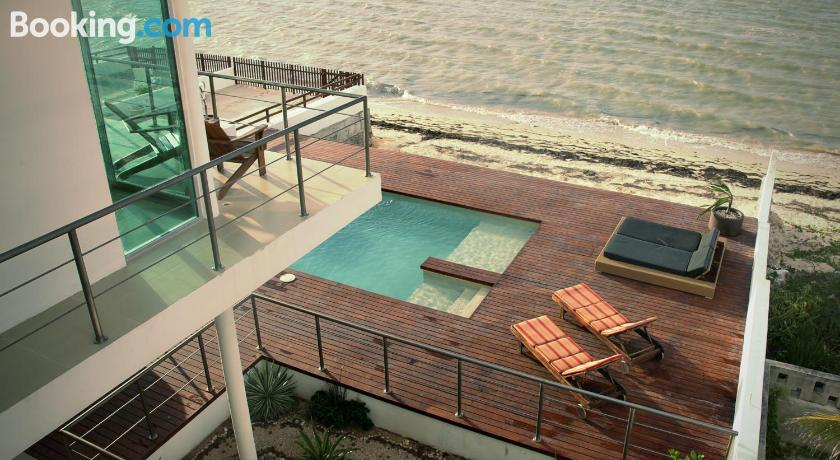 Beachfront Upscale House in Telchac | West & North of Mérida
