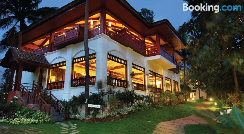 Fragrant Nature Lake Resort & Spa | Southern Kerala, India