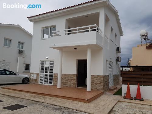 Prestige villa 3 with sea view in Pervolia