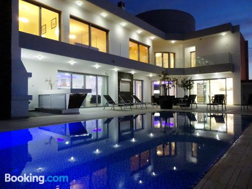Modern and luxury villa with 5 bedrooms and panoramic views