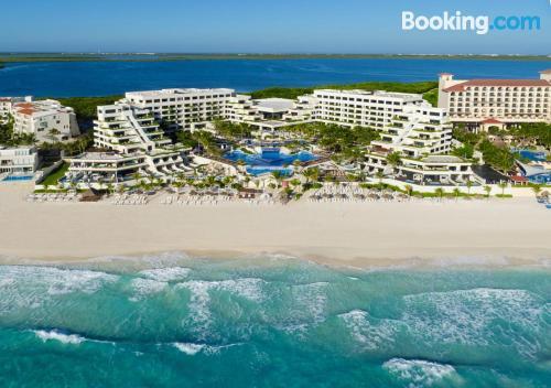 Now Emerald Cancun,