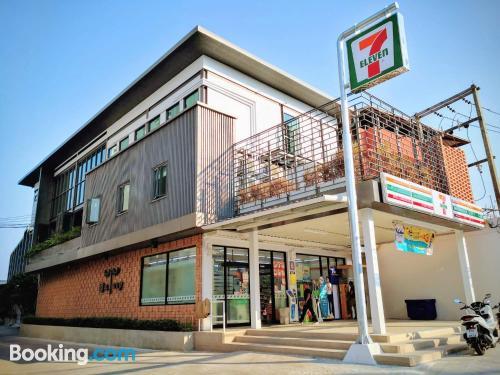 Apartamento en Pattaya North con internet y terraza