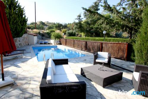 Apartment in Pissouri with terrace and pool