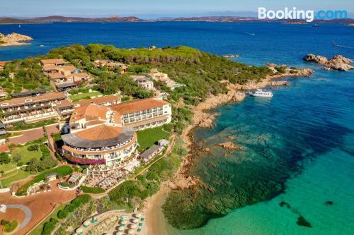 Apartamento bonito en Baja Sardinia