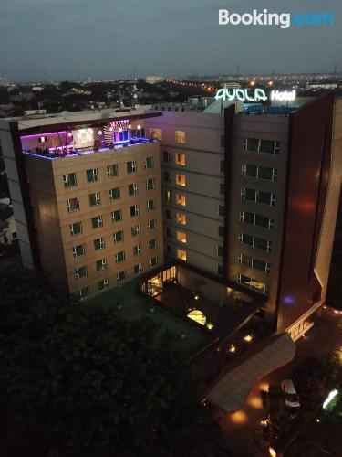 Apartamento en Cikarang con terraza y conexión a internet