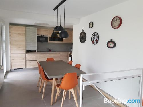 Two bedrooms apartment with wifi and terrace.