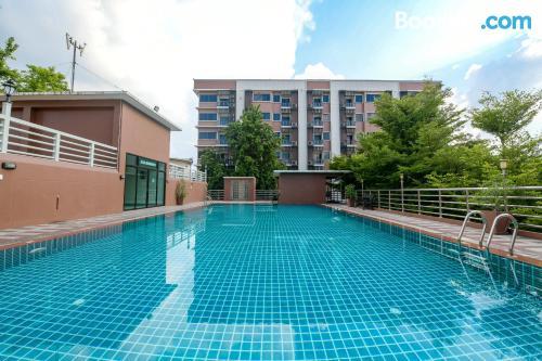 Apartamento de 29m2 en Ban Laem Chabang con vistas.