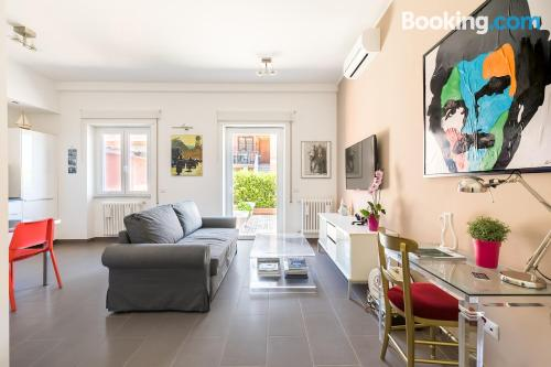 Terrace and internet apartment in Rome. For couples