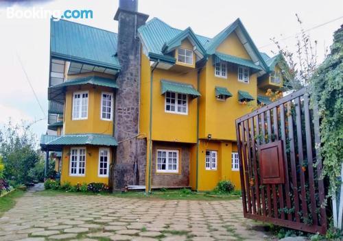 Place in Nuwara Eliya. 60m2!