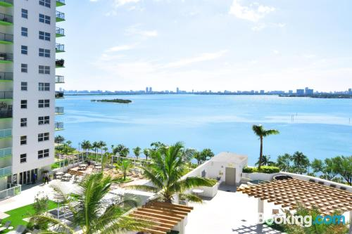 1 bedroom apartment apartment in Miami with terrace and internet.