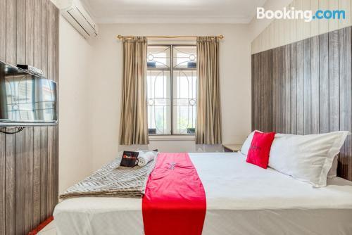 Apartamento de una habitación en Surabaya de apartamento de una habitación.