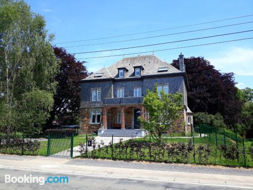 Child friendly home. Enjoy your swimming pool in Libin!