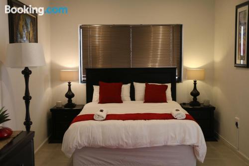 Meraviglioso appartamento con una stanza, per coppie