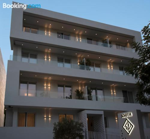 Terrace and wifi apartment in Athens. 90m2.