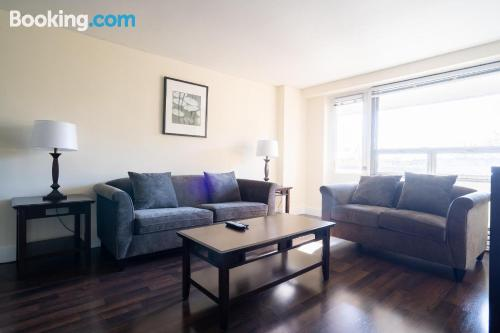 Comfy apartment in Queens with internet.