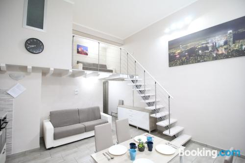 3 bedroom place with internet and terrace