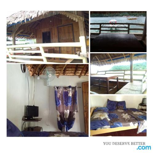 Apartment with terrace. Puerto Galera at your feet!