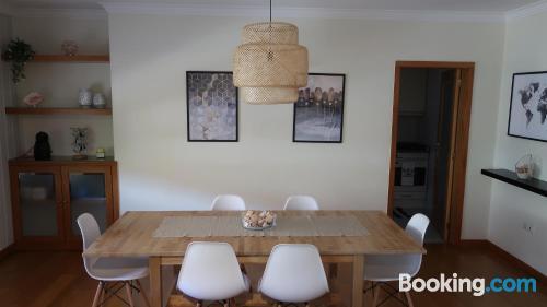 Apartamento de dos habitaciones en Esposende. Ideal para grupos