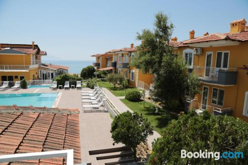 One bedroom apartment place in Kusadasi with wifi.